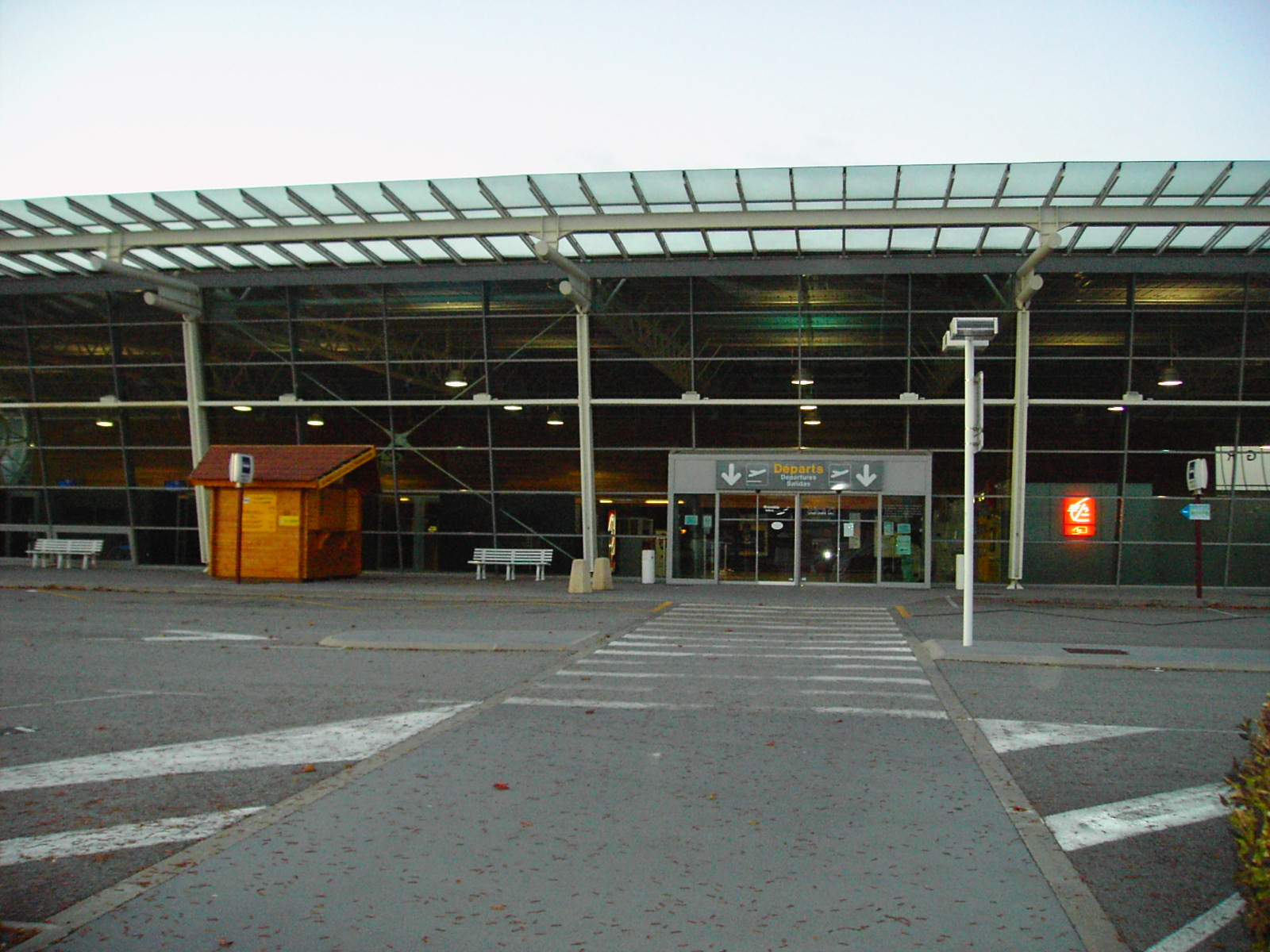Аэропорт Гренобль