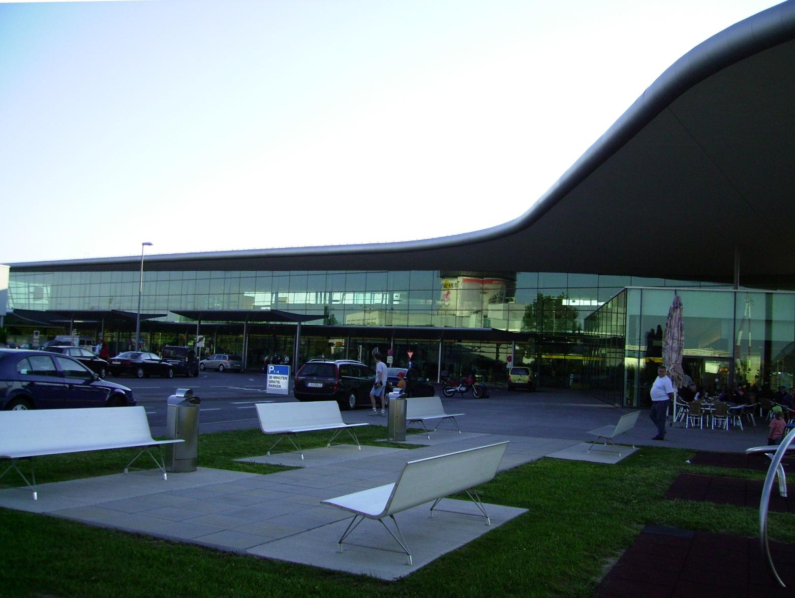аэропорта Грац