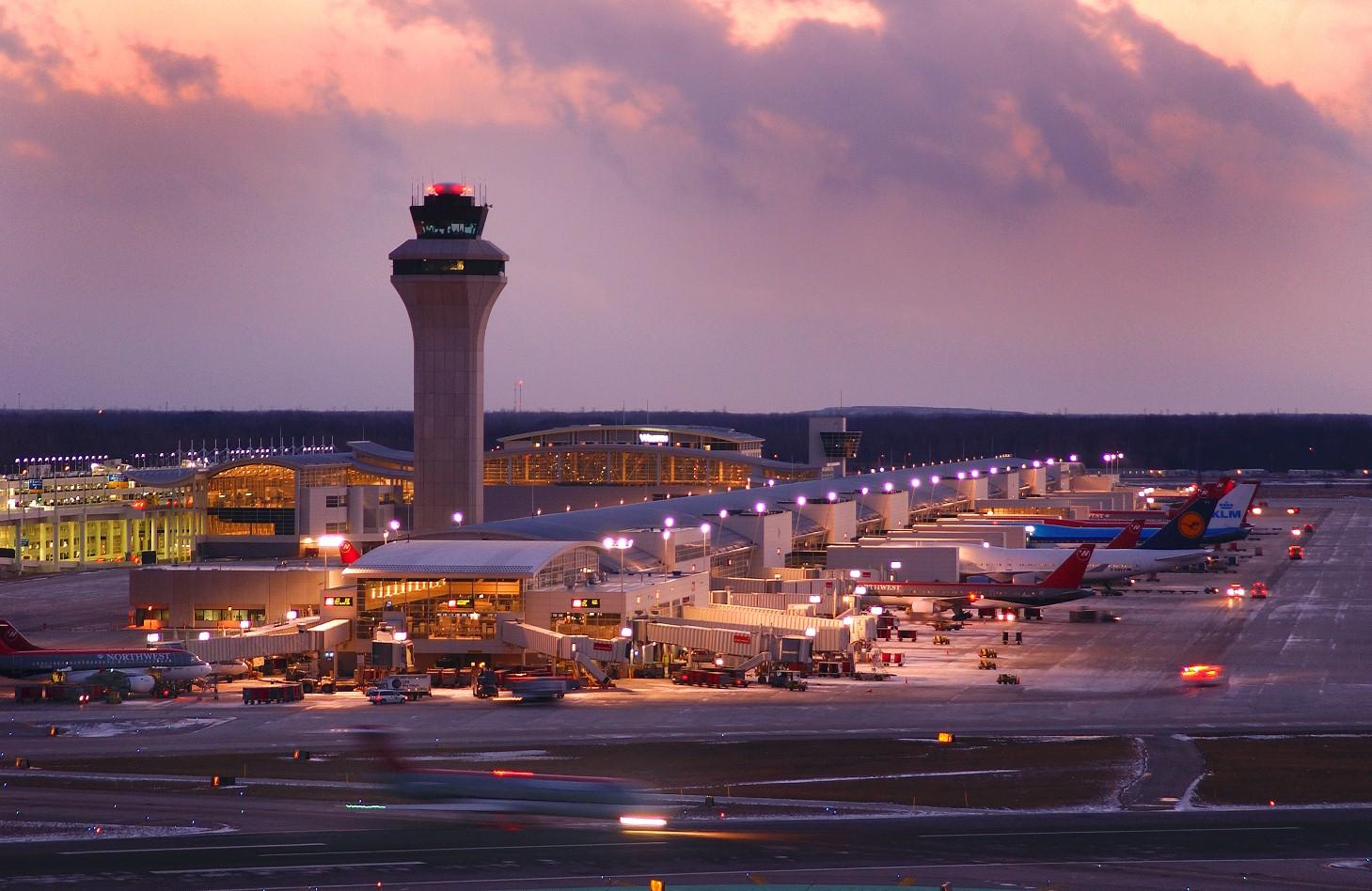 аэропорт Детройта