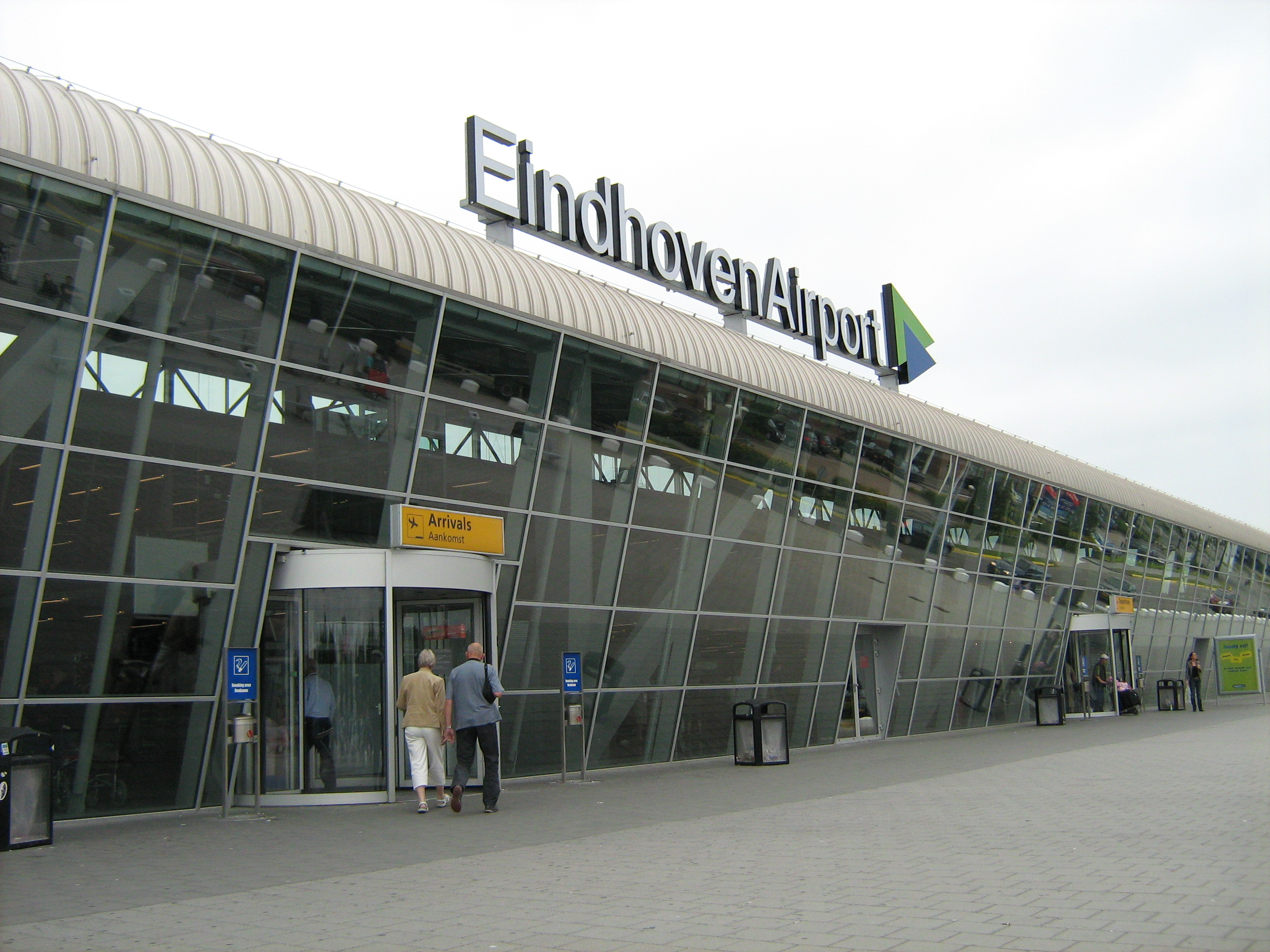 Аэропорт Эйндховен