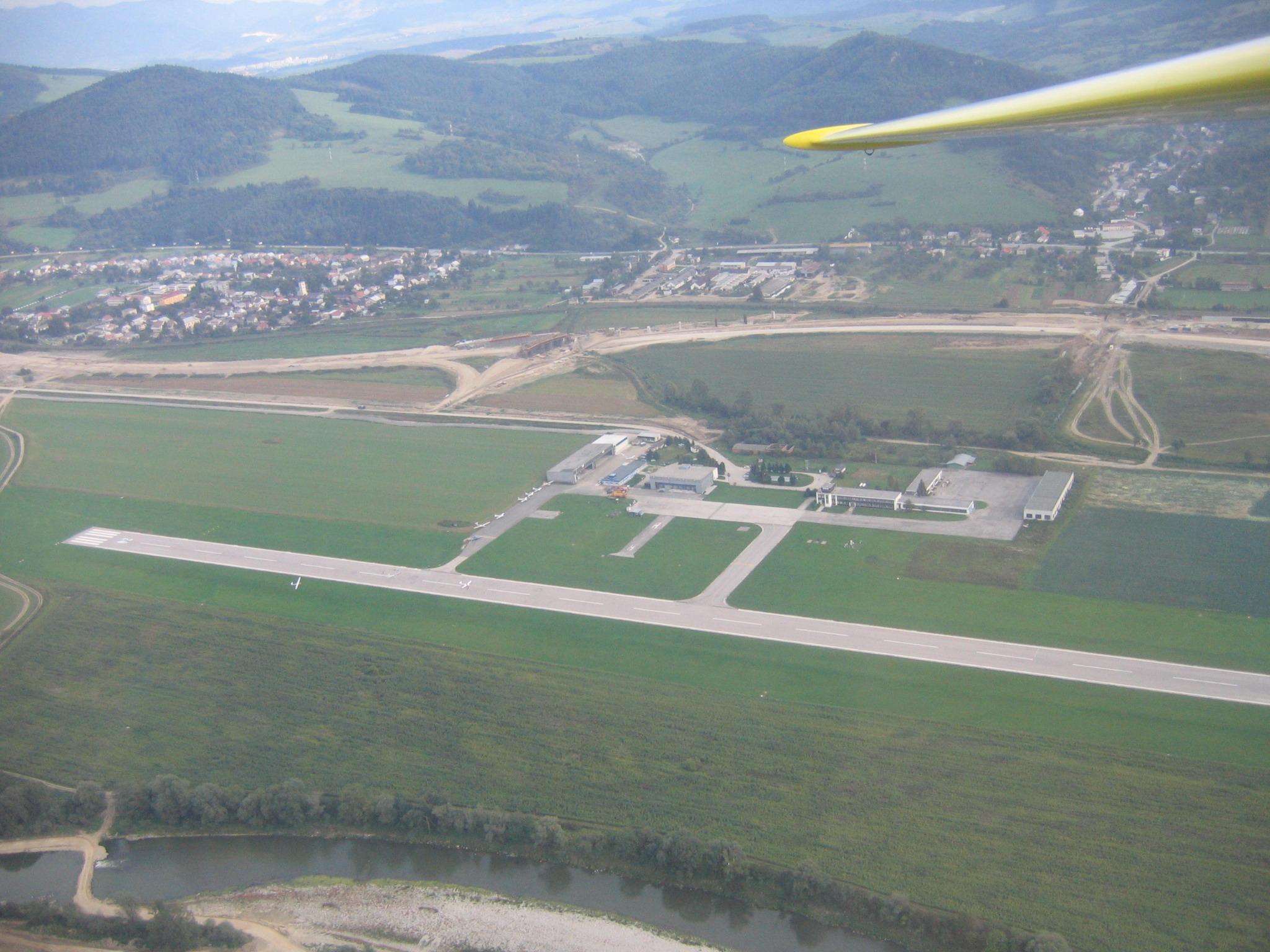 аэропорт Жилина