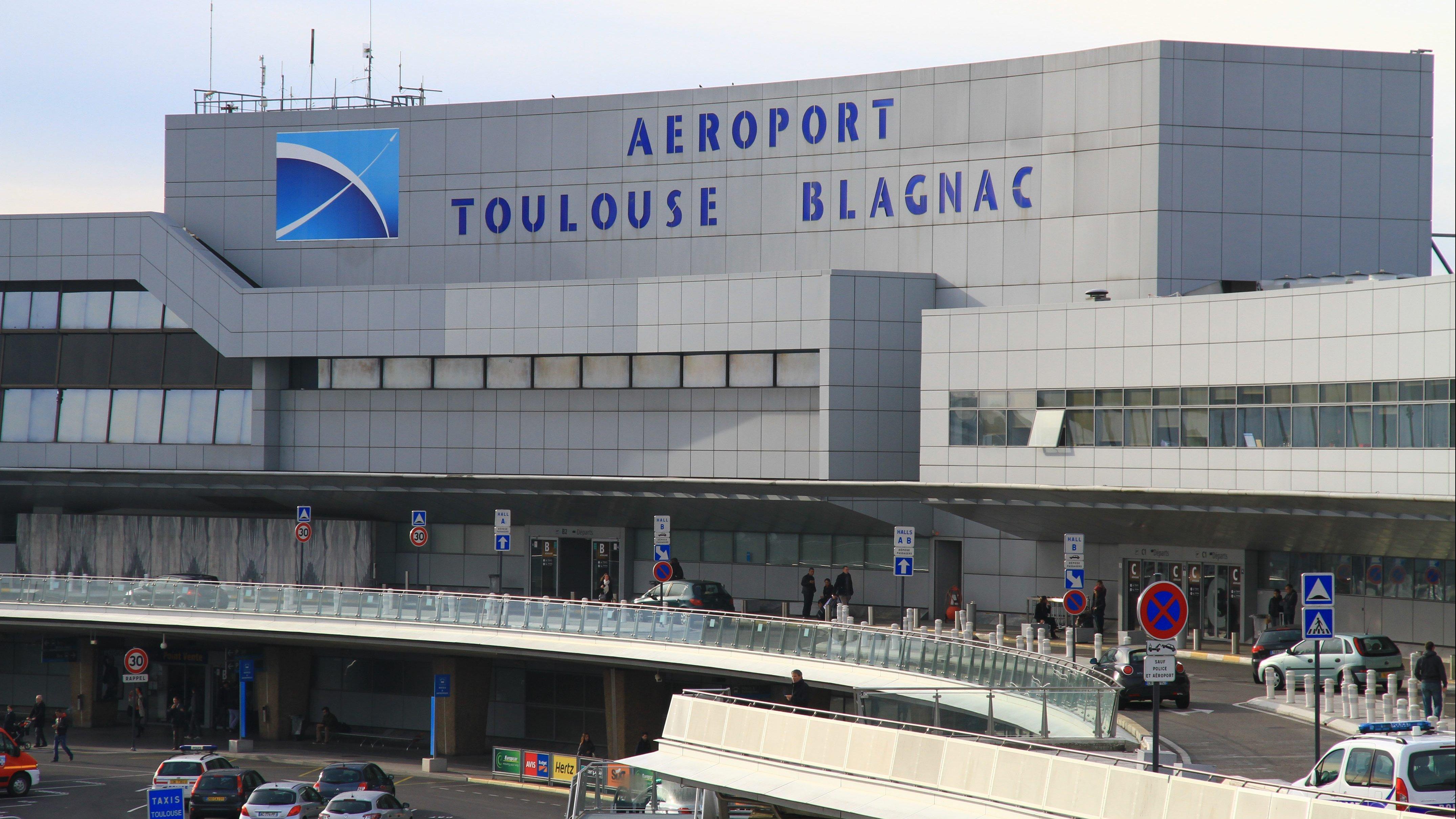 Аэропорт Тулуза