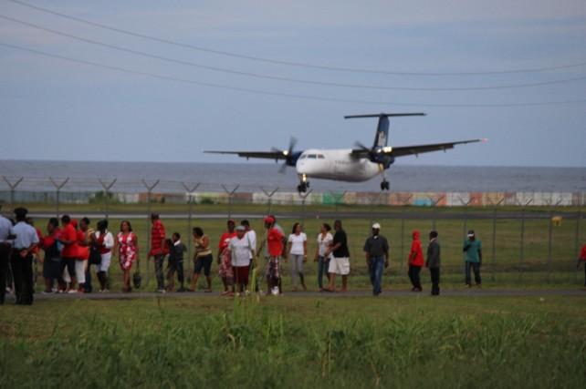 Доминике аэропорт