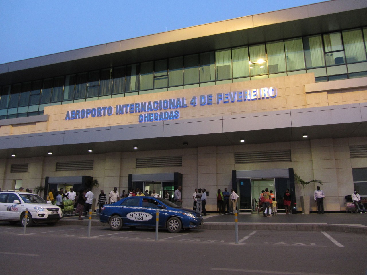 аэропорт Луанда