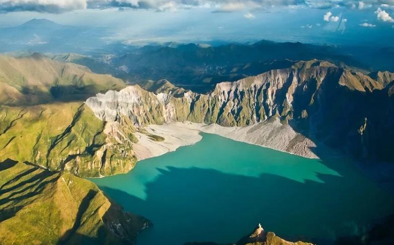 Кратерное озеро вулкана Пинабуто Филиппины, Лусон